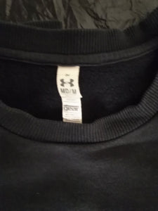 Under Armour  M sweatshirt with front pouch black with pink accents