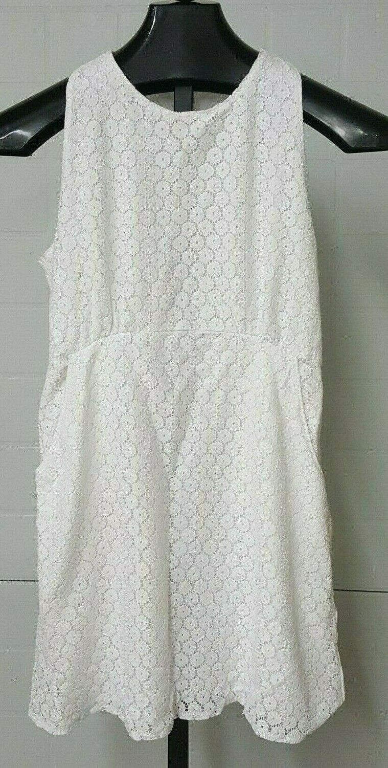 Abercrombie and Fitch Women's white floral print dress lined above knee M