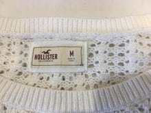 Load image into Gallery viewer, Hollister Women's White Crewneck Knitted Long Sleeve Cropped Sweater Size Medium