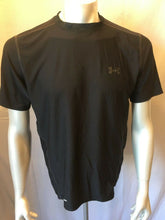 Load image into Gallery viewer, Under Armour Fitted Compression Heat Gear Men's Black Short Sleeve Shirt Size L