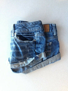 American Eagle Women's Size 0 Low Rise Distressed Denim Blue Jean Short Shorts