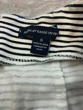 Load image into Gallery viewer, American Eagle Women's Size 0 Skirt White Black Horizontal Pinstripes Zipper