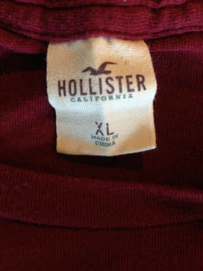 Hollister Tee Men's X-Large Maroon Short Sleeve Spell Out Crew Neck T Shirt