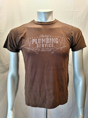 GUESS Betty's Plumbing Service Men's Small Brown Graphic Short Sleeve T Shirt