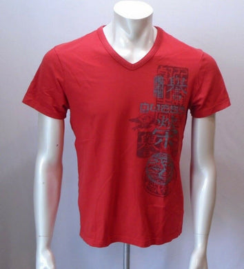 GUESS Men's Red Short Sleeve V Neck Graphic T Shirt Size Medium