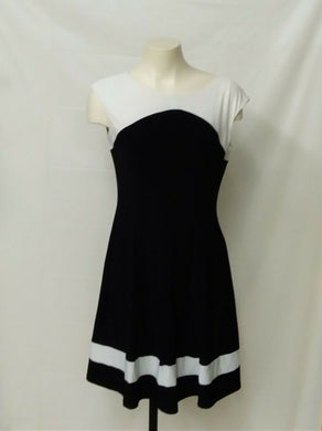 CHAPS Women's M black and white dress sleeveless