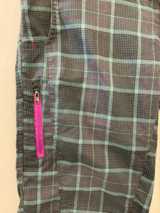 Columbia Women's Size 10 Omni-Shade Gray Purple Plaid Shorts