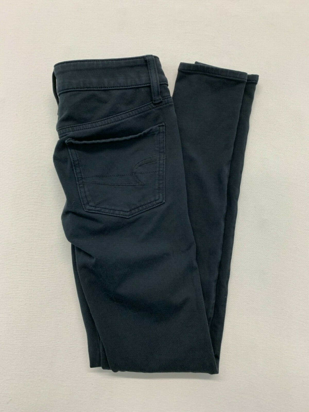 American Eagle Women's Size 00 Long Super Stretch Low Rise Black Jeggings