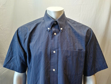 Eddie Bauer Blue Striped S/S Wrinkle Resistant Men's Button Down Shirt Size L