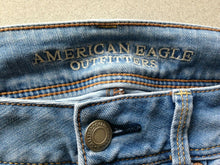 Load image into Gallery viewer, American Eagle Womens Size 8 Low Rise Sandblasted Whiskered Stretch Denim Jeans