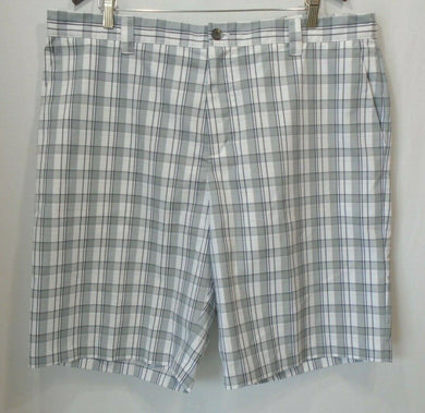 Adidas Gray White Plaid Men's Flat Front Casual / Golf Shorts Size 40