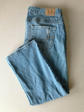 Load image into Gallery viewer, American Eagle Women's Size 30 Distressed Low Rise Straight Leg Capri
