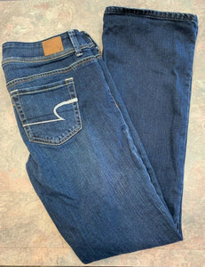 American Eagle Stretch Womens 8 Original Bootcut jeans