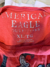 Load image into Gallery viewer, American Eagle Mens XL Red Cotton Graphic T shirt