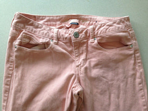 American Eagle Women's Size 8 Stretch Dusty Rose Low Rise Skinny Leg Jeans