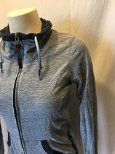 Load image into Gallery viewer, BENCH Women's Full Zip Long Sleeve Gray Spell Out Jacket Size XS