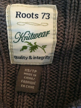 Load image into Gallery viewer, Roots Canada Knitwear Gray Long Sleeve Mock Neck Button Up Women's Sweater Sz XS