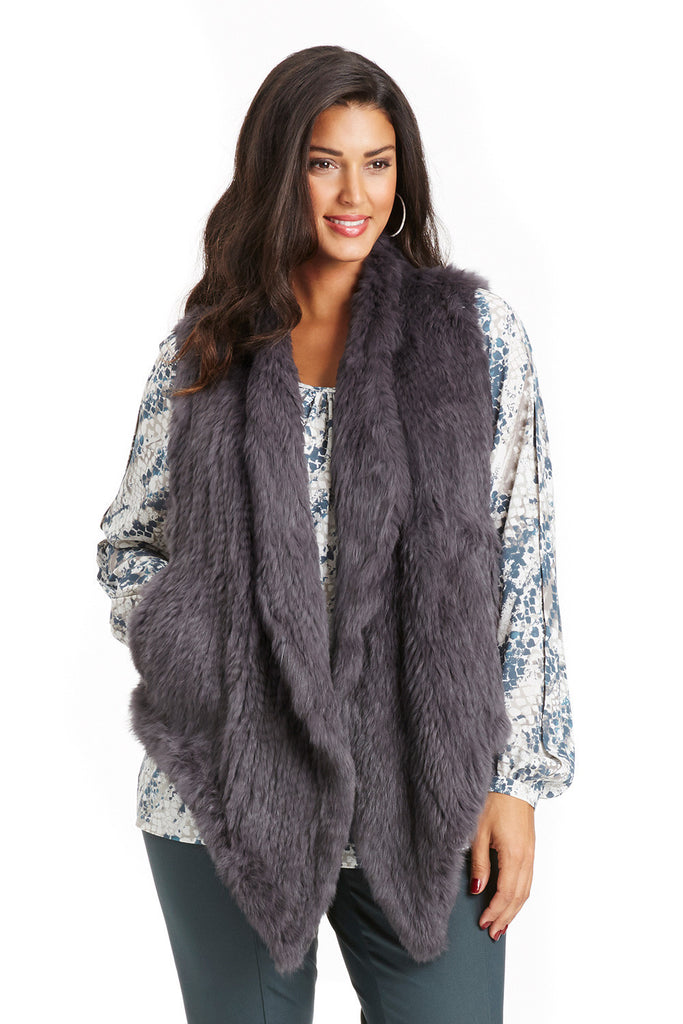 CURVE HUGGING RABBIT FUR VEST IN GRAY