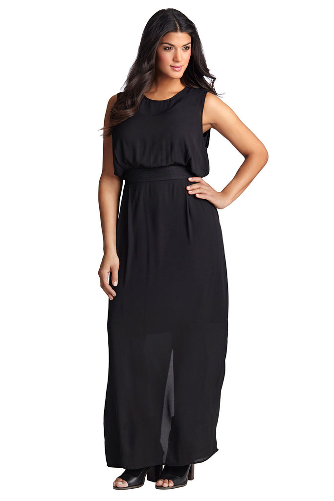 PLUS SIZE MAXI DRESS IN BLACK