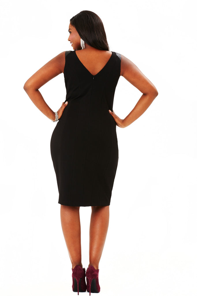 PLUS SIZE SLEEVELESS FAUX LEATHER DRESS