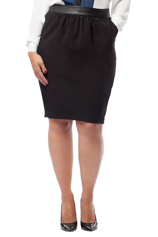 PLUS SIZE BLACK PEGGED PENCIL SKIRT