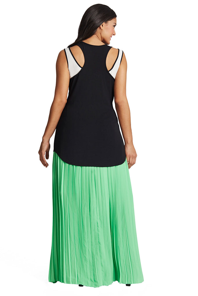 PLUS SIZE BLACK MODAL TANK
