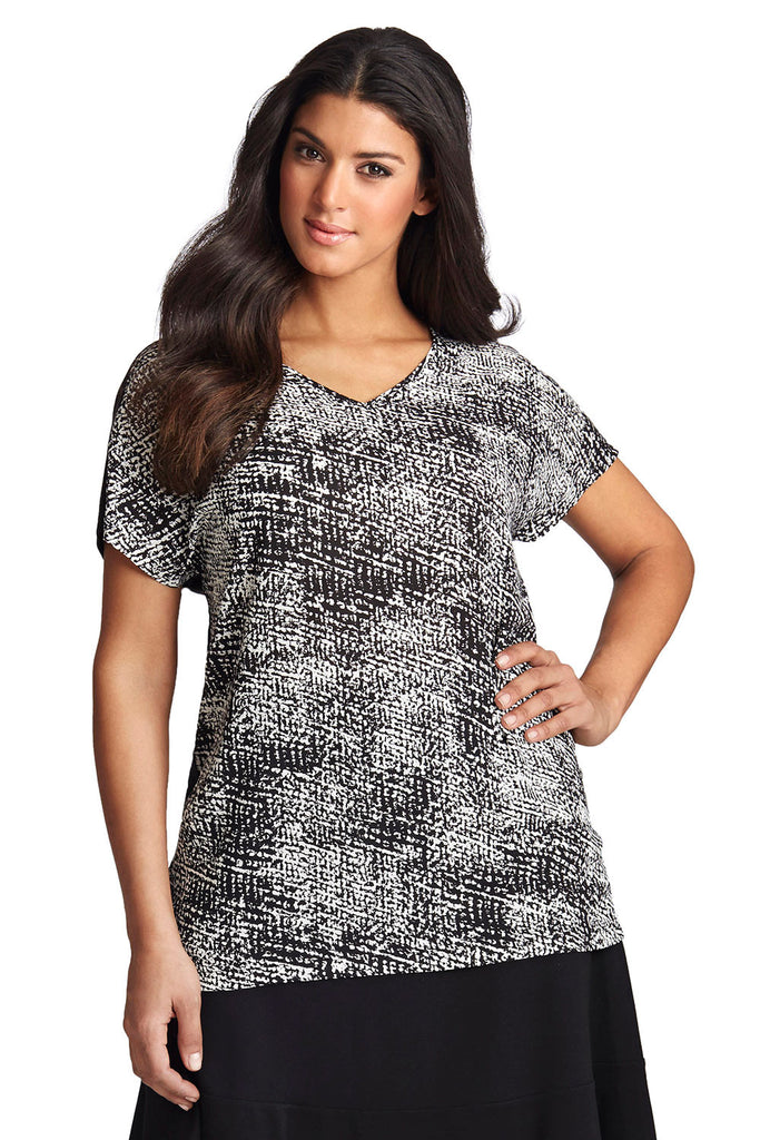 PLUS SIZE DOLMAN TOP IN B&W