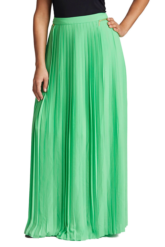 PLUS SIZE GREEN PLEATED MAXI SKIRT