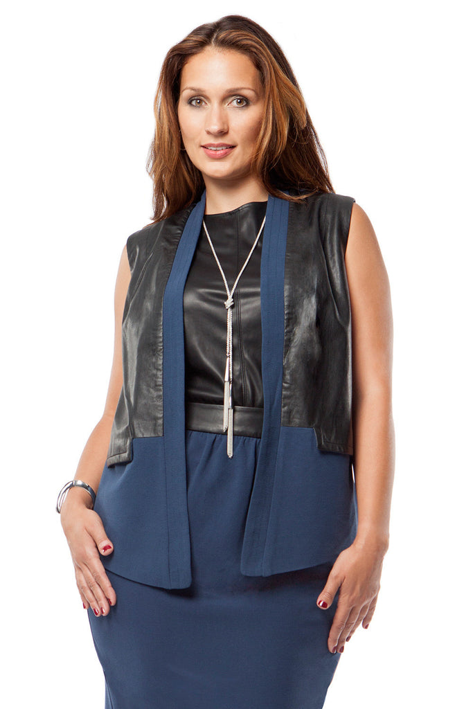 PLUS SIZE OPEN FRONT VEST IN NAVY