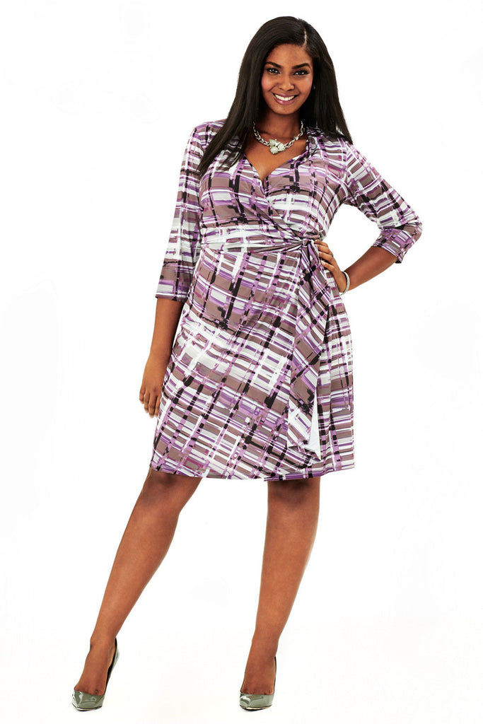 PLUS SIZE CURVY WRAP DRESS IN GRAPE