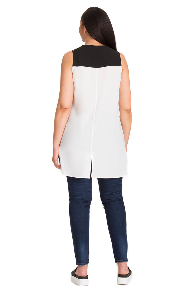 PLUS SIZE WHITE COLORBLOCK TUNIC