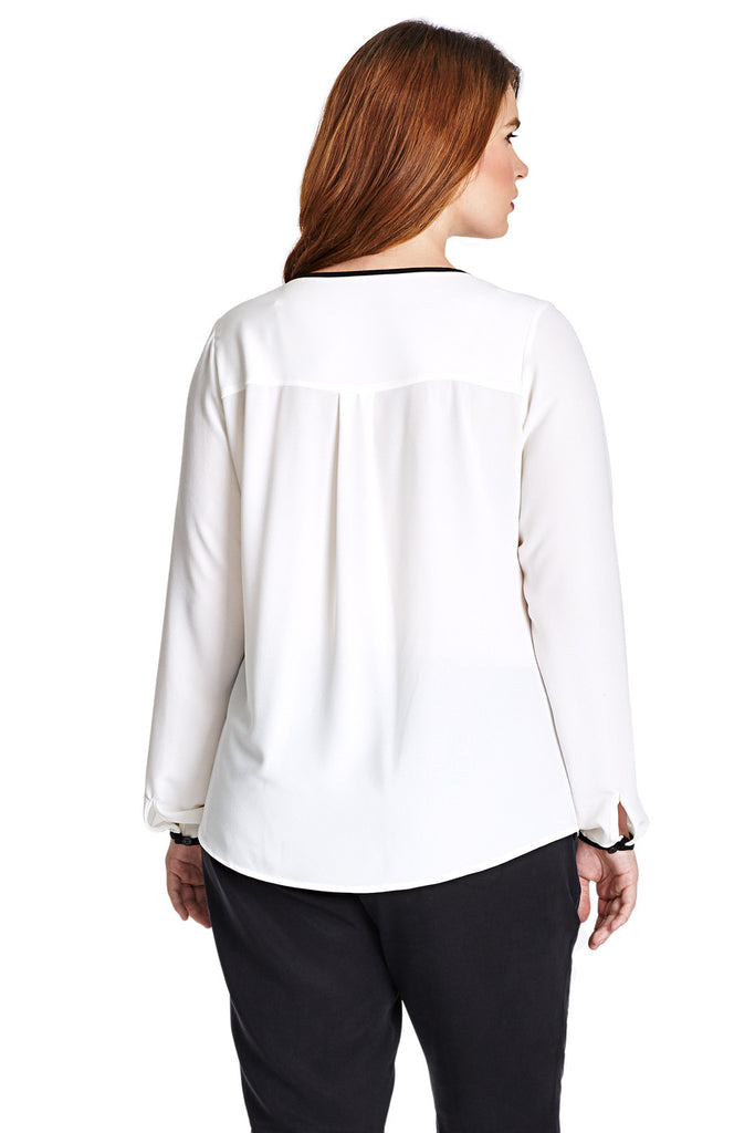 PLUS SIZE WHITE PLEATED BLOUSE