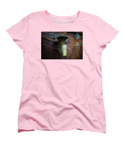 Bunker Lock - Women's T-Shirt (Standard Fit)