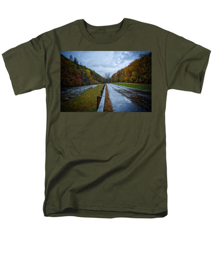 Route 2 Pit Stop #2 - Men's T-Shirt  (Regular Fit)