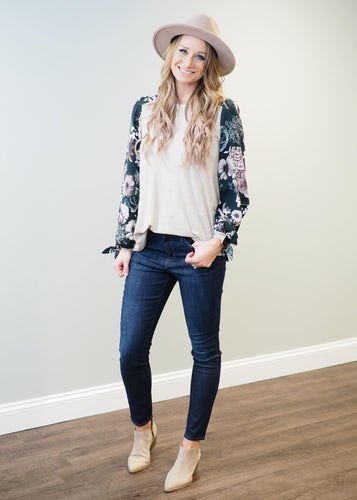Greta Hunter Green Floral Top | Sisterhood Style
