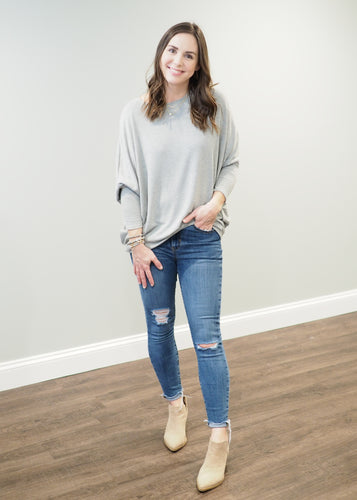 Taryn Relaxed Lightweight Grey Sweater | Sisterhood Style