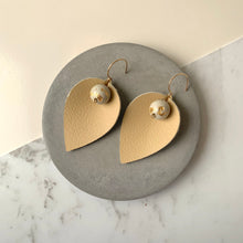 Load image into Gallery viewer, Pinched Leather & White Concrete Earrings