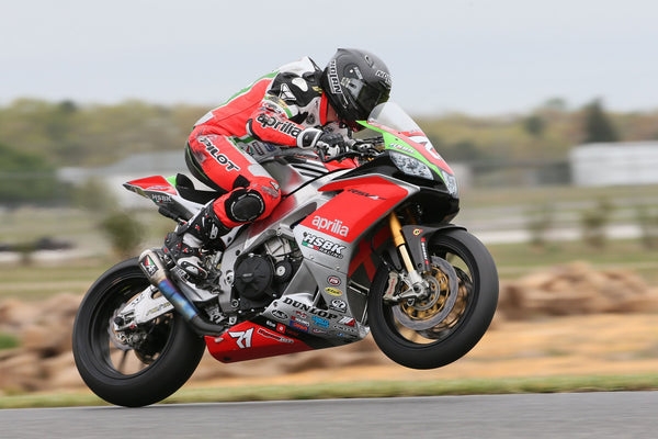 Superbikes in the US: HSBK Aprilia uses Pulse Batteries in MotoAmerica Superbike