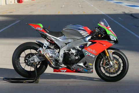 Claudio Corti's HSBK Aprilia RSV4RF, equipped with Pulse P2 lithium motorcycle battery
