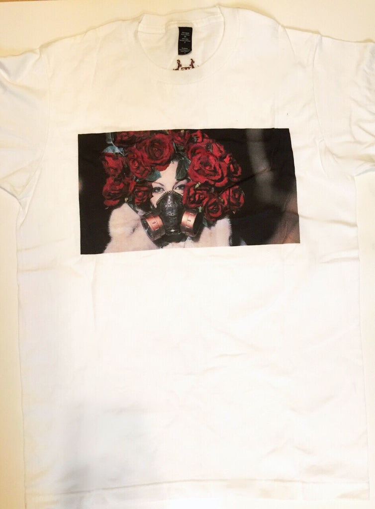 IE x Orlando Sanchez Florae Gas Mask Tee