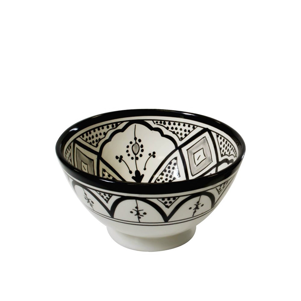 Classic Design Cereal/Salad Bowl, Black and White