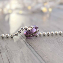 Load image into Gallery viewer, Transparent Lavender Silver Cored Bead