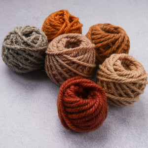 Warm toned 100% rug wool yarn