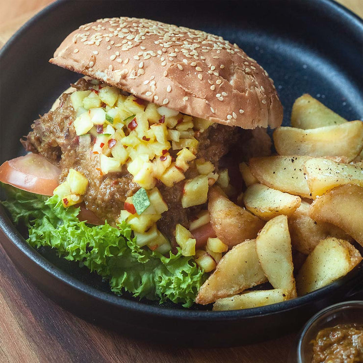Wed, July 31 - Beef Rendang Slider, Crispy Potato Wedges & Spicy Pineapple Salsa