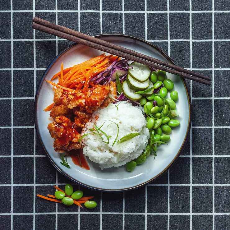 Tue, July 16 - Honey Glazed Crispy Sriracha Chicken Bowl - Living Menu