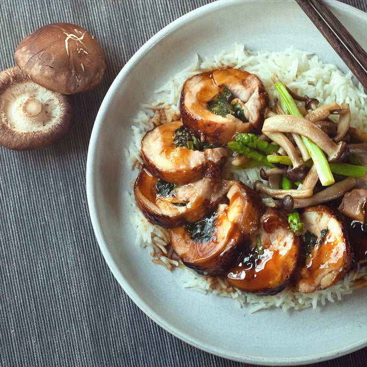 Tue, Aug 27 - Teriyaki Chicken Roulade Spinach Served With Saute Asparagus, Shimeji Mushroom And Rice