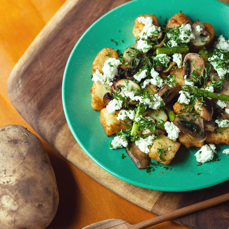 Wed, Sep 11 - Gnocchi Served With Asparagus, Mushroom, Feta Cheese And Parsley - Living Menu