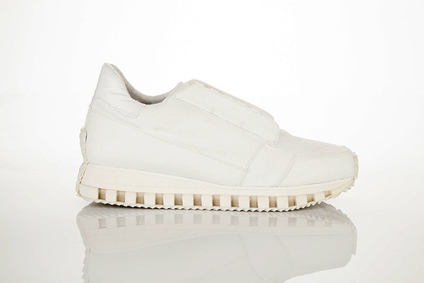 INSIGHT II low-cut running sneaker with hidden laces WHITE