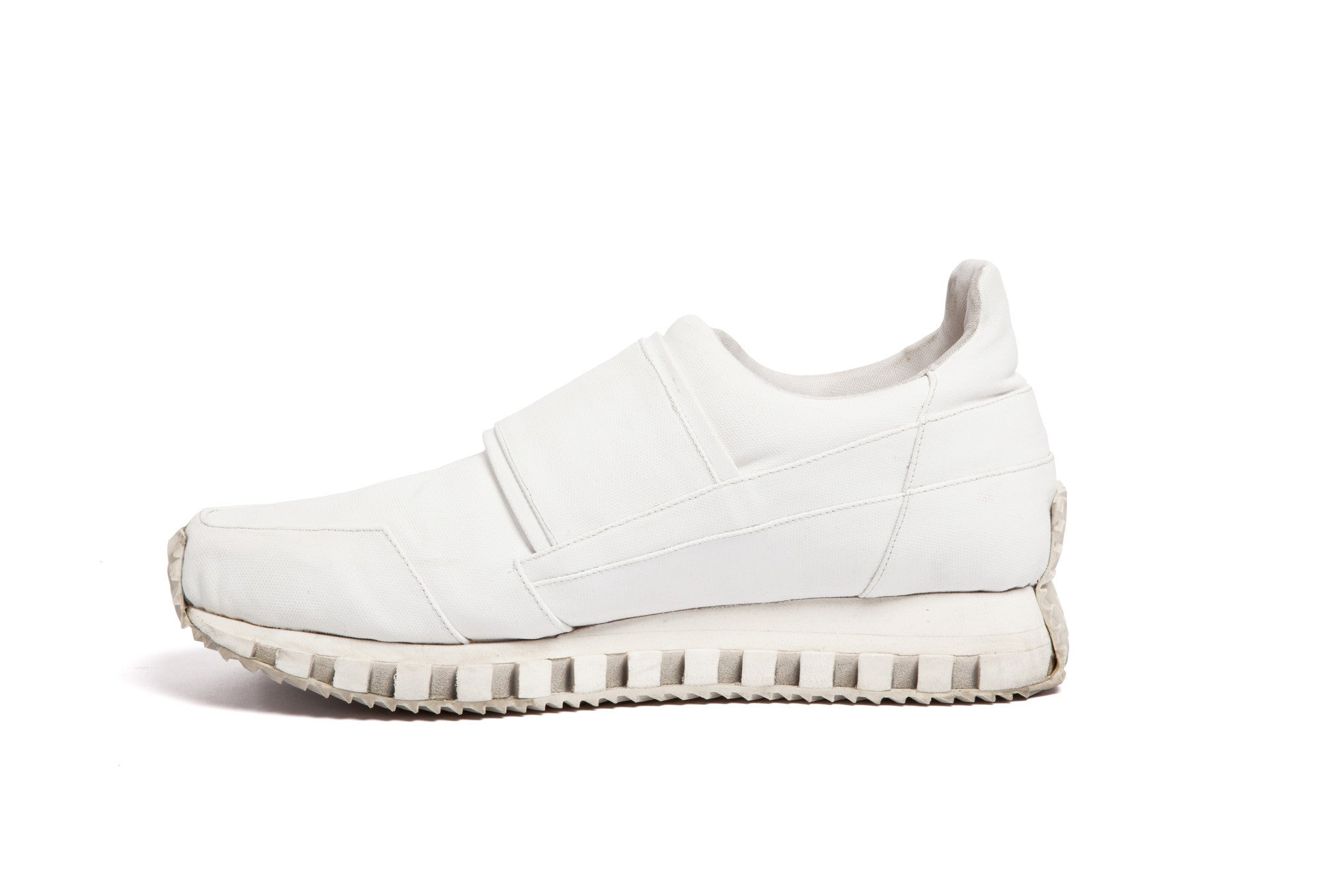 single-strap low-cut running sneaker WHITE