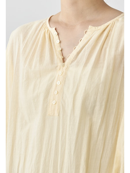 COLLARLESS NATURAL DYE BLOUSE